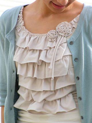 Ruffle-blouse